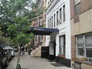 отель Comfort Inn Central Park West 2*