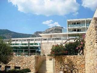отель Elaphusa 3*