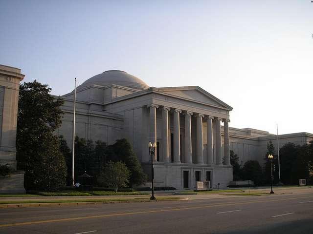 Национальная галерея искусства в Вашингтоне