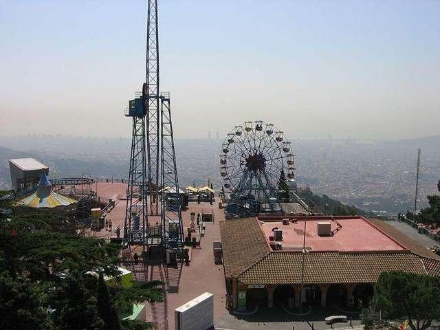 Парк атракционов на горе Тибидабо