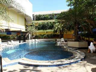 отель Jomtien Holiday Beach 3*