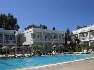 отель Club Aqua Ortakent 3*