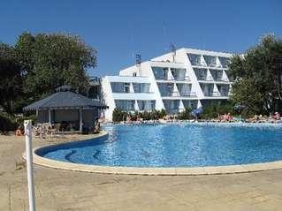 отель Luca Helios Beach 4*