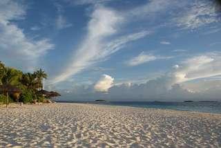 Много песка, воды, солнца, воздуха!