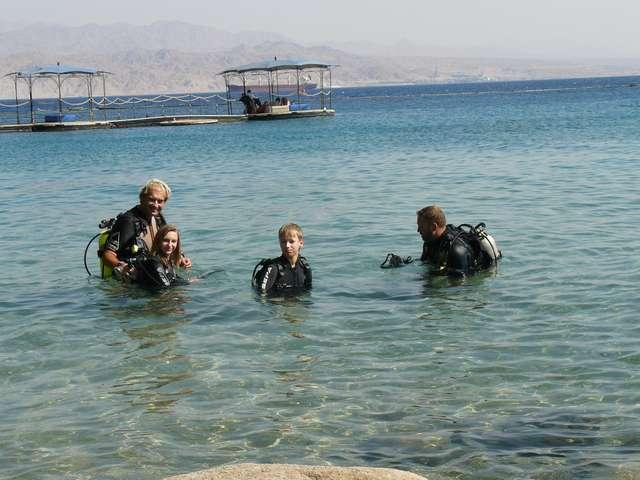 Юные дайверы на Красном море.