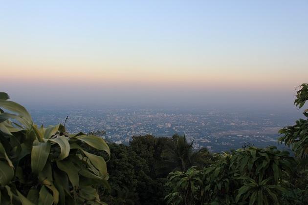 Город Чианг Май. Вечерний вид с холма
