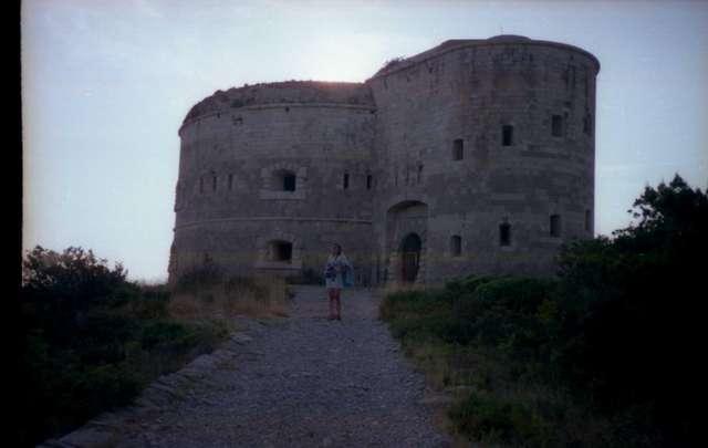 Старая башня в Жанице без опознавательных знаков