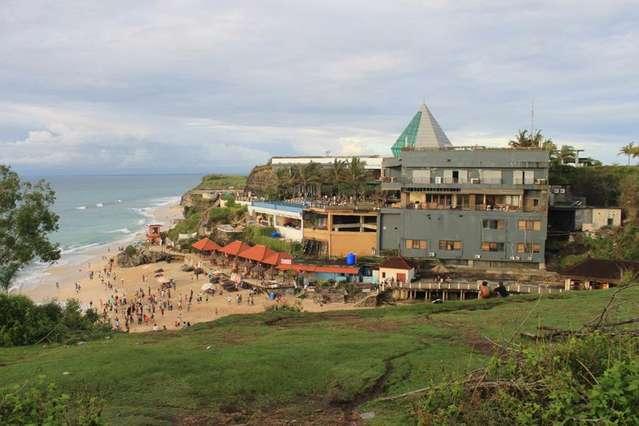 Dreamland (New Kuta beach)