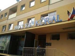 отель Koral 3*