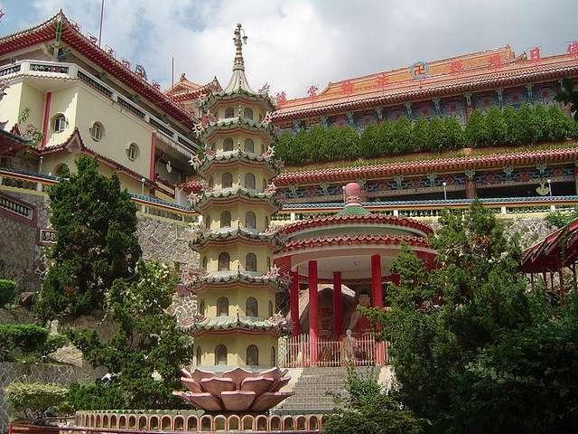 Храм Кек Лок Си в Джорджтауне