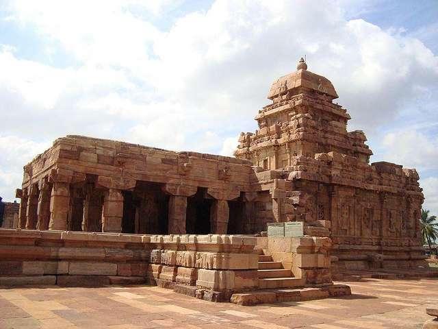 Храм Сангамешвара