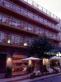 отель Vila de Tossa 4*