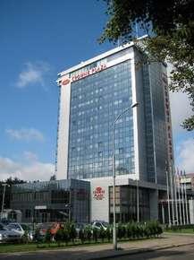 отель Crowne Plaza 4*
