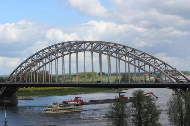 Мост через реку Ваал. Неймеген.