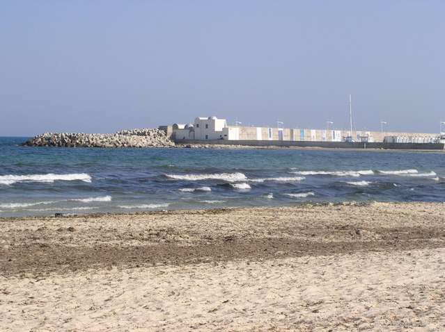 Порт Хаммамета - вид с нашего берега