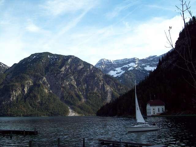 Озеро Планзее и Альпы