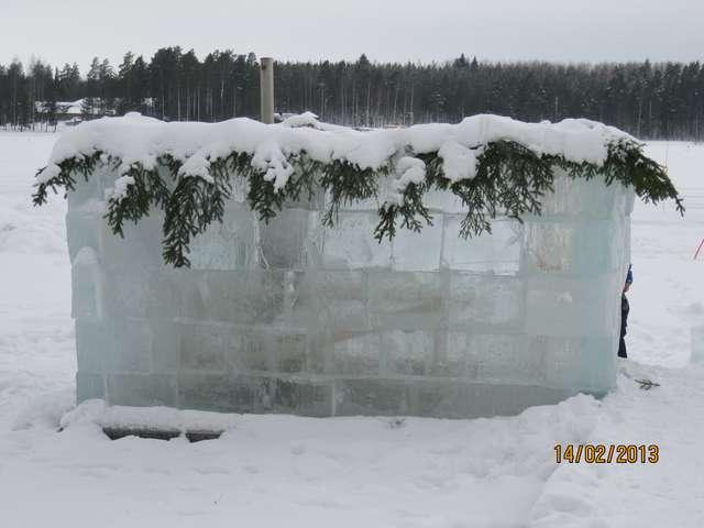 Ледяная сауна.