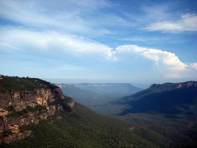 Вид на каньон в горах