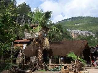 отель Kadirs Tree House 3*