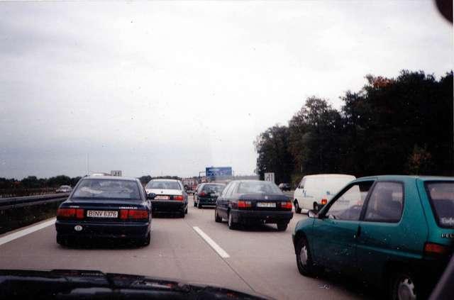 Заторы на дорогах Германии иногда достигают 40 километров