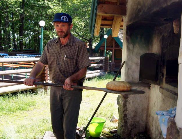 Свежий хлеб прямо из баварской печи!