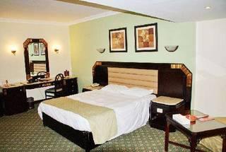 отель Pyramisa Suites Hotel & Casino 5*