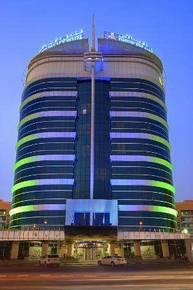 отель Dhow Palace Hotel 5*