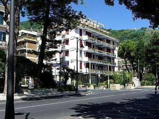 отель Reginna Palace 4*