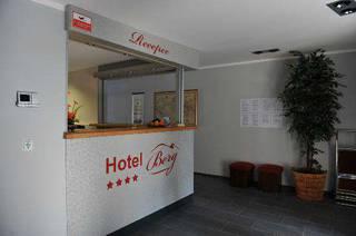 отель Berg 3*