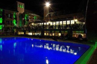 отель Ambassador Hotel 4*