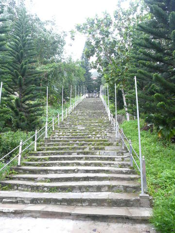 ступени по пути к пагоде
