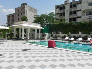 отель Holiday Inn Jaipur 4*