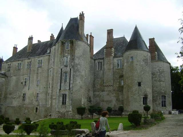 Мён-сюр-Луар