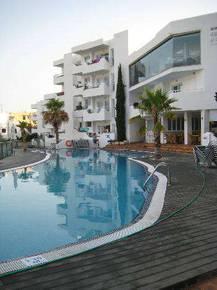отель Ferrera Beach 2*