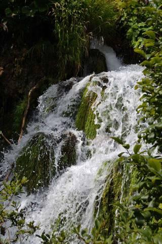 Один из водопадов на Плитвицких озерах