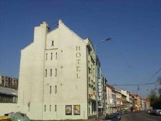 отель Michle 3*