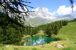 Озеро и гора Червино