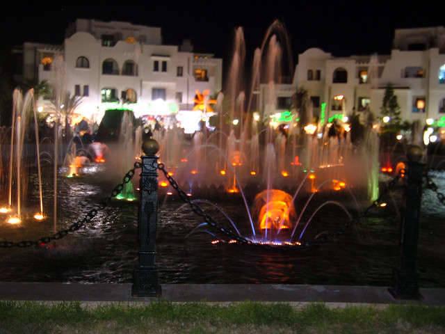 спросить совета фото фонтан в порту тунис сусс учётом