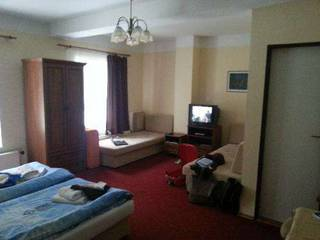 отель Aaron 3*