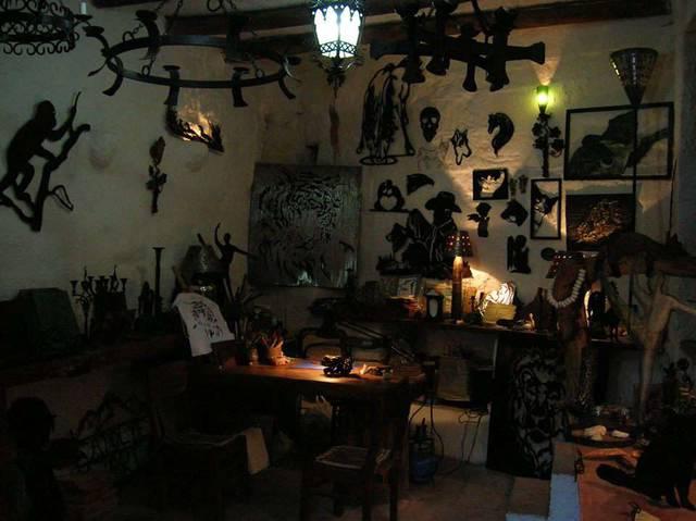 Мастер-классы от известного скульптора и художника в творческой мастерской. Привезите сувенир из Каппадокии, сделанный собственными руками!