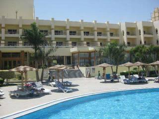 отель Palm Beach Resort 4*