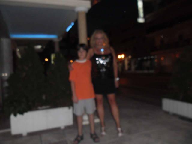я с Василисом младшим у отеля - 20 июля 2014 г