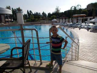 один из бассейнов на территории отеля
