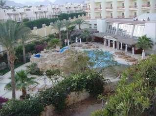 отель Hilton Sharks Bay Resort 4*