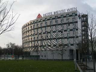 отель Austria Trend Hotel Messe Wien 3*