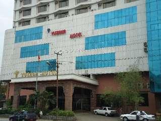 отель Yuzana Hotel 3*