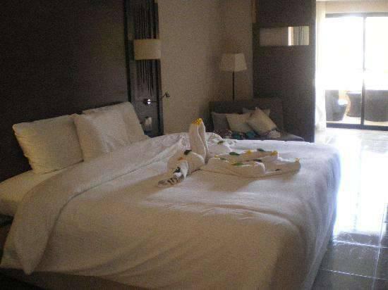 Отель Coral Sea Splash Resort 5*