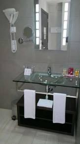 отель Villa Olimpica Suites 4*