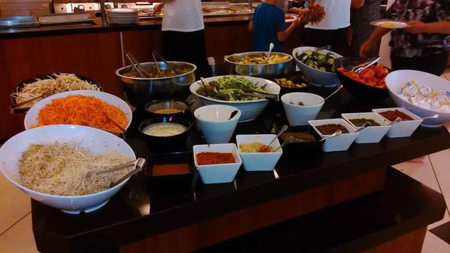Обед в ресторане отеля
