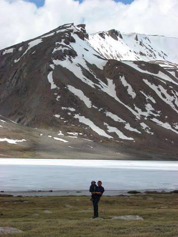 Озеро на высоте 4500 метров
